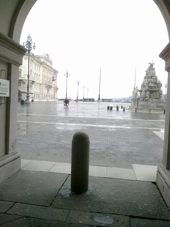 piazza Unità ghiacciata - © bastoncini di zucchero
